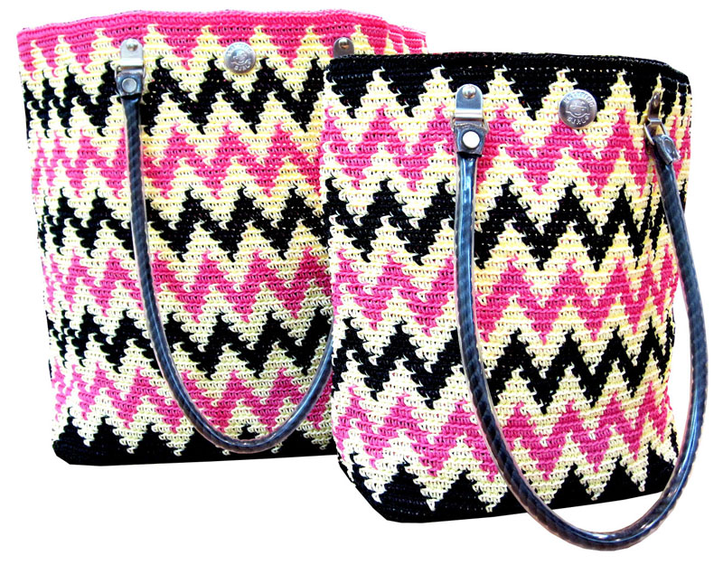 Chevron (Black x White x Pink)